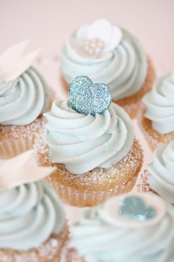 blauwe-cupcakes-babylabel