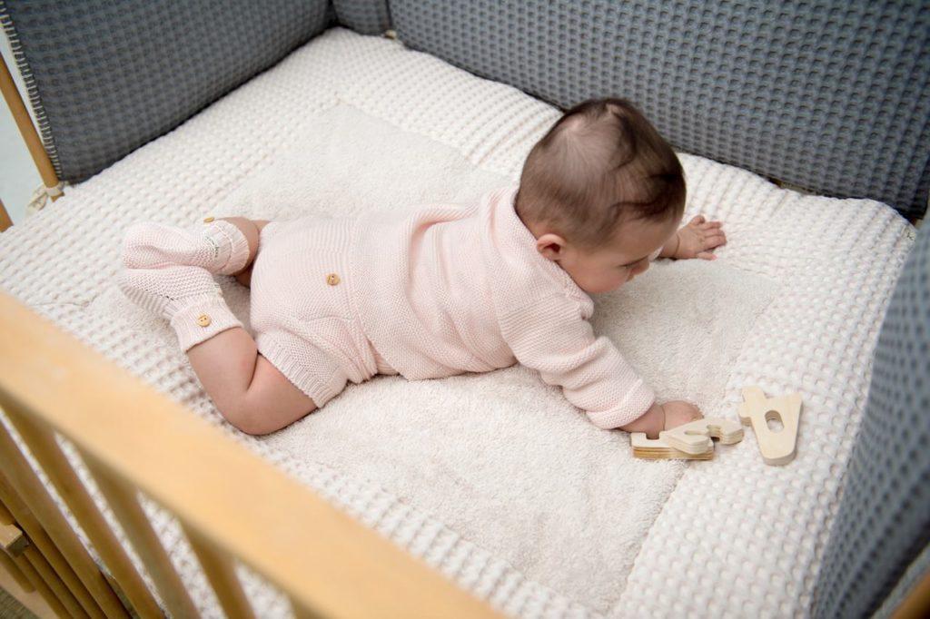 newborn babykleertjes, babyuitzet musthaves, babyspullen, uitzetlijst
