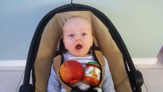 wanneer introduceer je vast voedsel, eerste babyhapje, wanneer eerste babyhapje