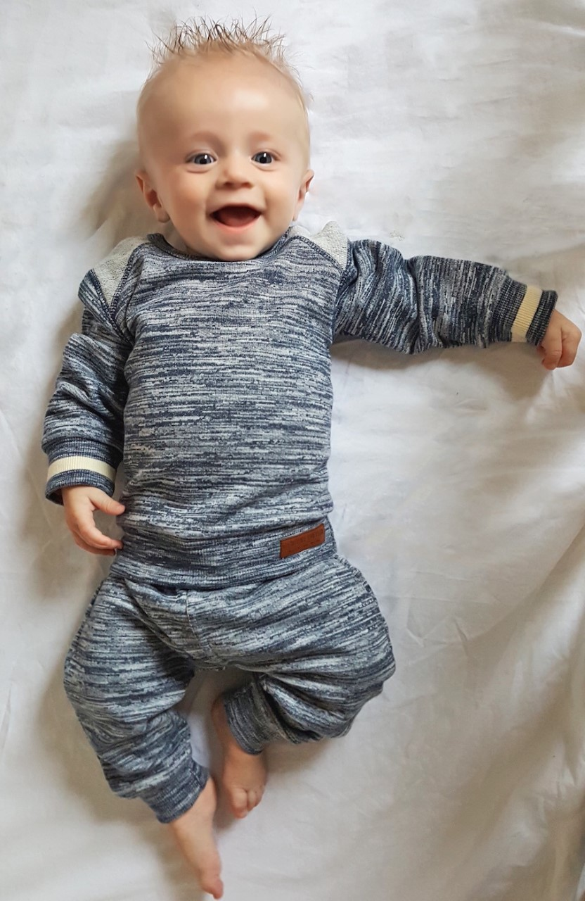 Dirkje Babykleding.Dirkje Babykleding Een Comfy Babypakje Voor Wout Babylabel