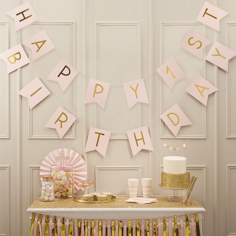 Eerste verjaardag baby tips voor een speciaal feestje for Versiering goud