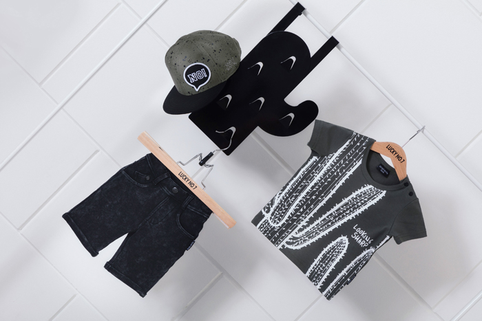 LuckyNo7, zwart wit babykleding