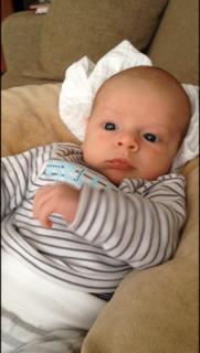 reflux, verborgen reflux, baby, wat is verborgen reflux, baby met reflux