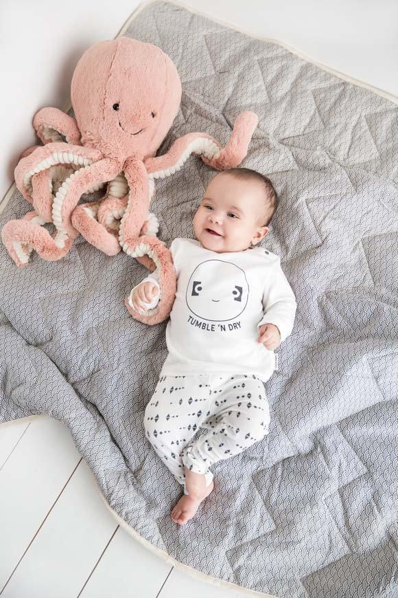 Babykleding Baby.Unisex Babykleding De Leukste Kleertjes Gespot Babylabel