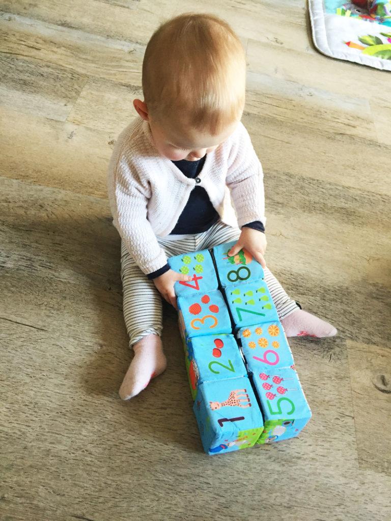 puzzelblokken van Sophie de Giraf, baby speelgoed
