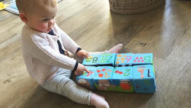 puzzelblokken van Sophie de Giraf, babyspeelgoed