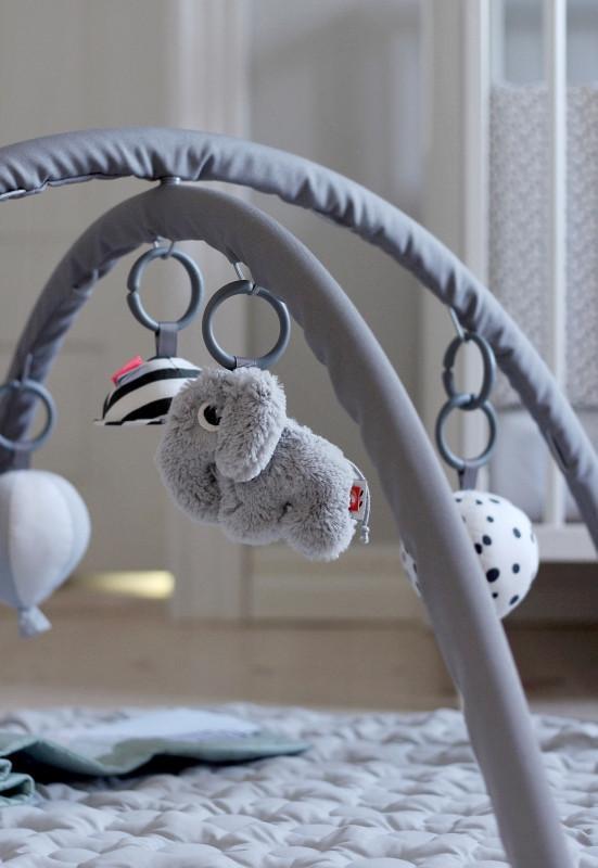 done_by_deer_activity, speelkleed baby, activiteiten speelgoed voor baby's