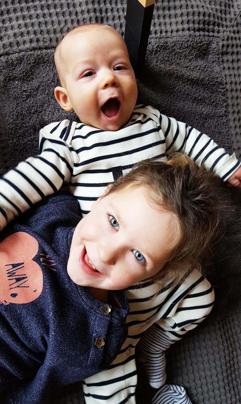 haat liefde verhouding tussen broer en zus, broer en zus liefde, babylabel, opvoeding