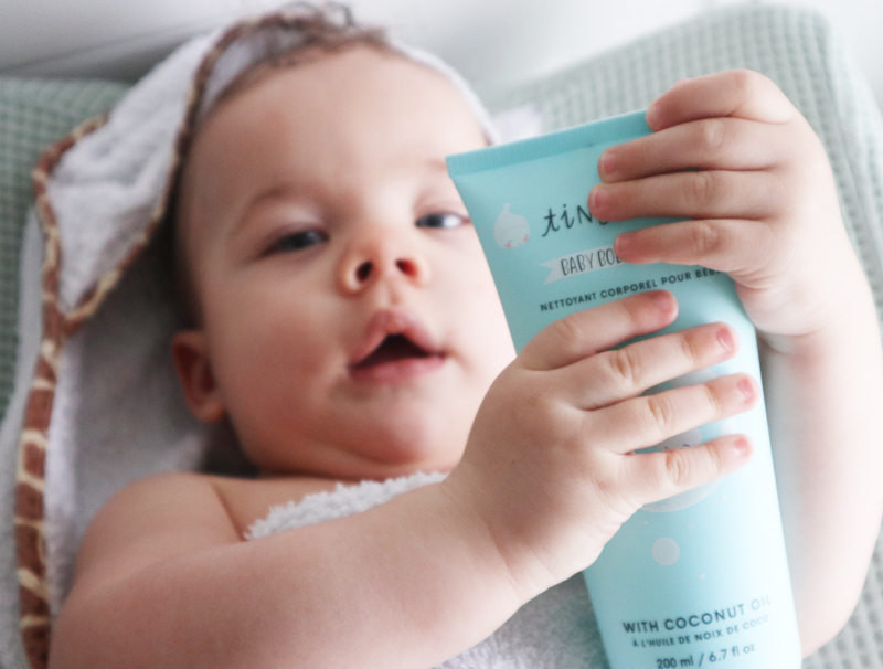 tiny humans, babyshampoo, tiny humans babywash , babylabel, babyverzorging, review babywash, Tiny humans shampoo, a little love company, babyproducten, natuurlijke babyverzorgings producten