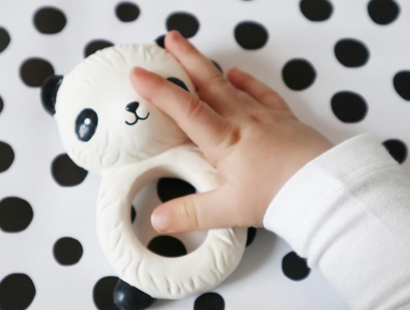 baby bijtring, baby bijtspeelgoed, panda bijtring, babylabel babyspeelgoed