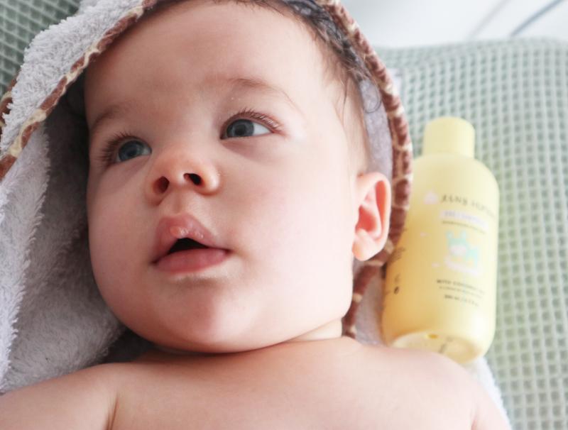 babyshampoo, tiny humans baby shampoo, babylabel, babyverzorging, review babyshampoo