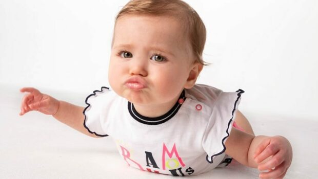 zomerse baby outfit, zomerkleding baby, born to be famous, schattigebabykleertjes