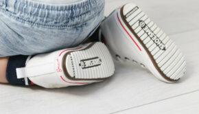 witte baby sneakers, witte sneakertjes maat 20,21,22,, Shoesme sneakers