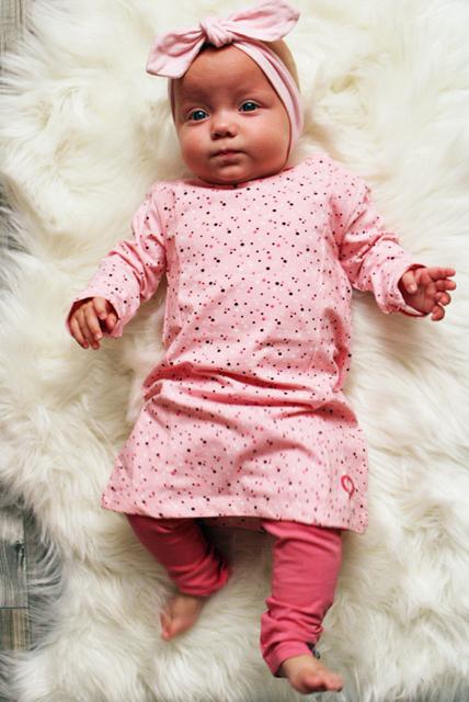 roze baby jurkje, beebielove, babylabel, babykleding review, newborn