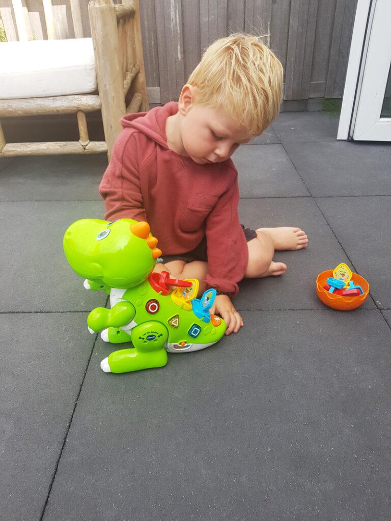 speelgoed dino, robotdino, peuterspeelgoed