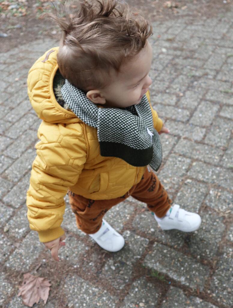winterjas voor je kleintje, gele winterjas