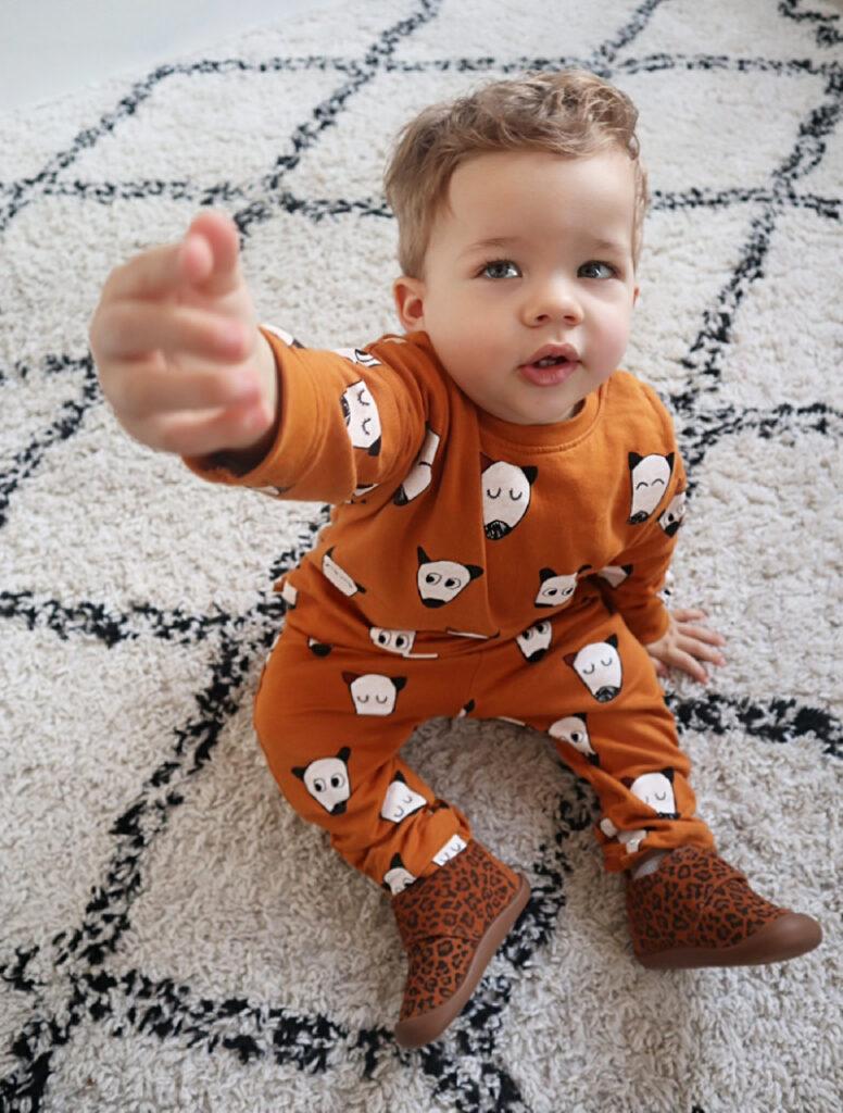 babyslofjes met luipaarprint