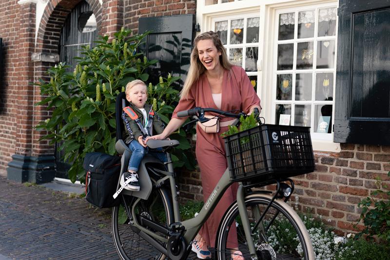 Fietsen tijdens de Coronacrisis, verstandig of juist niet?, fietsen gezond tijdens corona, cortina family bike, mamafiets cortina