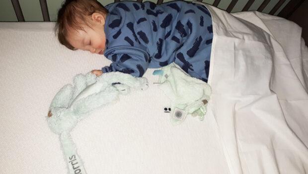 slaaptekort, baby 7 maand, baby slaapt slecht, klachten slaaptekort, slapeloze nachten, slapeloze nachten door baby
