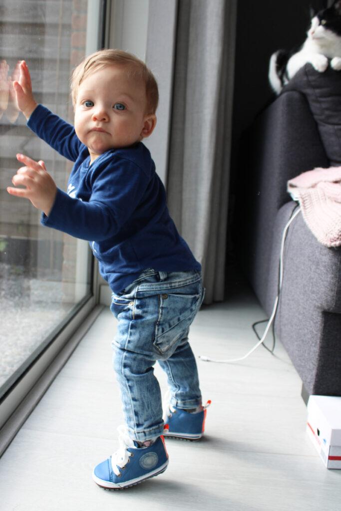 stoere baby sneakers, shoesme sneakers, blauwe baby sneakers