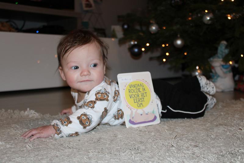 omrollen baby, baby 5 maand, babylabel, babyblog