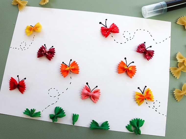 vlinderpasta, knutselen met vlinder pasta