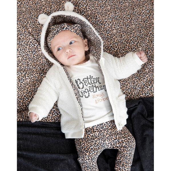 babyvestje , babyjasje, creme babyvestje, babyvestje met panterprint, babyvestje met luipaard print, feetje babyjasje