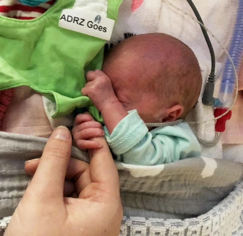 prematuur, prematuur baby, baby 30 weken, te vroeg geboren baby