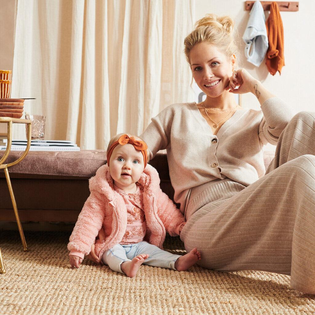 baby vestje, baby jasje, roze babyjasje, jasje babymeisje, z8 baby jasje