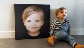 foto van je kind aan de muur, foto op textielframe , fotocadeau