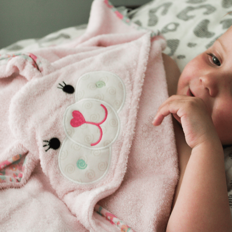 zoocchini baby badcape, baby badcape, baby handdoek, baby omslagdoek ,babygift, leuk baby cadeau, praktisch baby cadeau, praktisch kraamcadeau